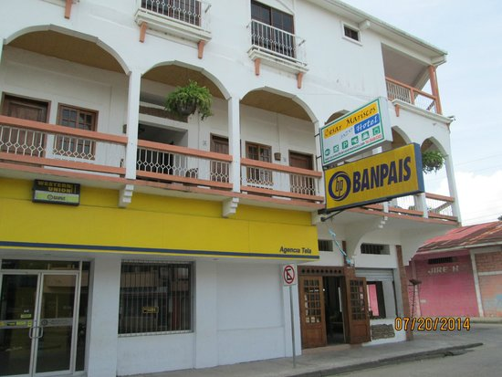 Front of building (Cesar Mariscos Anexo)