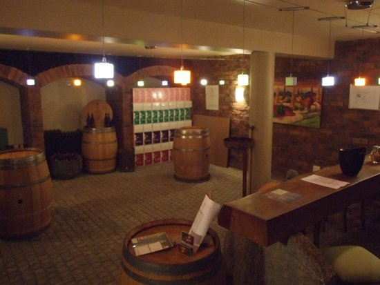 Bikes 'n Wines : One of the three Wineries