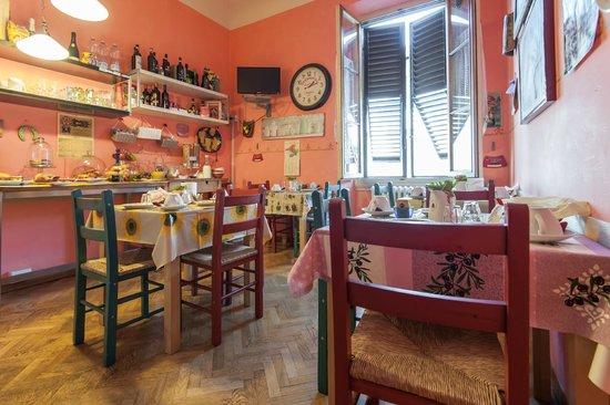B&B Guelfi e Ghibellini: Breakfast Room