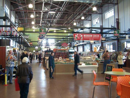 NewBo City Market: Interior