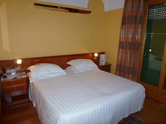 Best Western Plus City Hotel: Bedroom