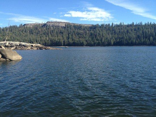 Tamarack Lodge At Bear Valley: Lake Alpine