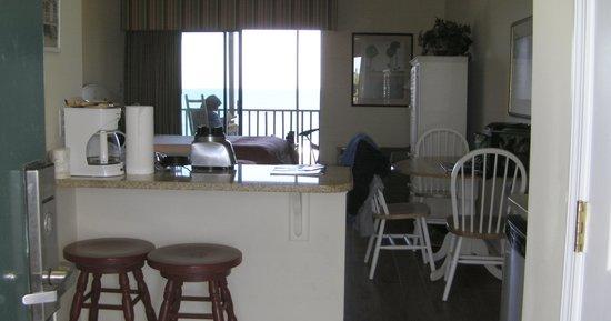 Oceanfront Litchfield Inn: Room 226