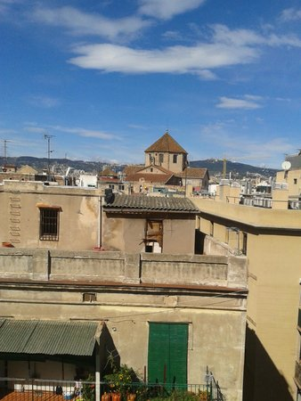Hotel Gaudi: Room view