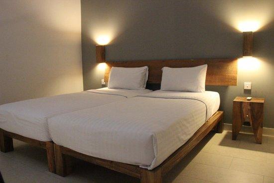 The Oasis Lagoon Sanur: 2nd floor bedroom
