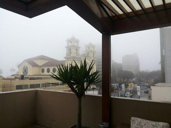Lima Wasi Hotel: Desde la terraza...