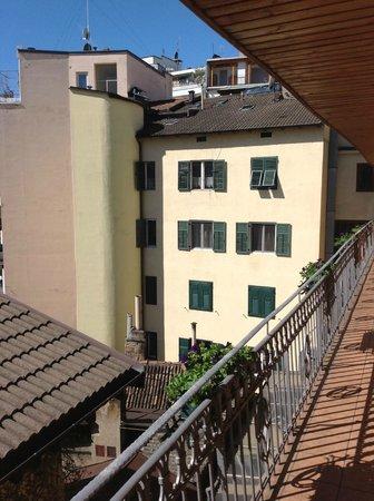 Feichter Hotel : Balkon vor den Zimmern