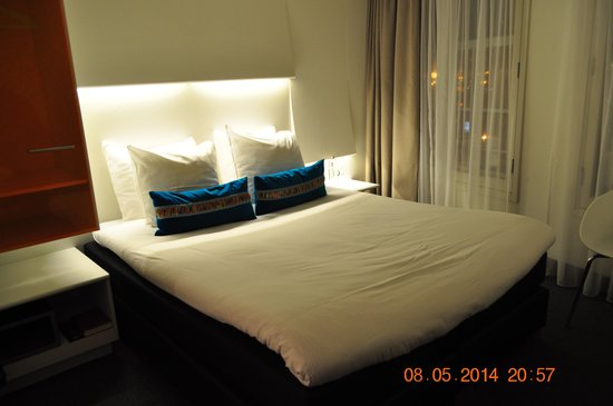 Ibis Styles Amsterdam Amstel: Our room