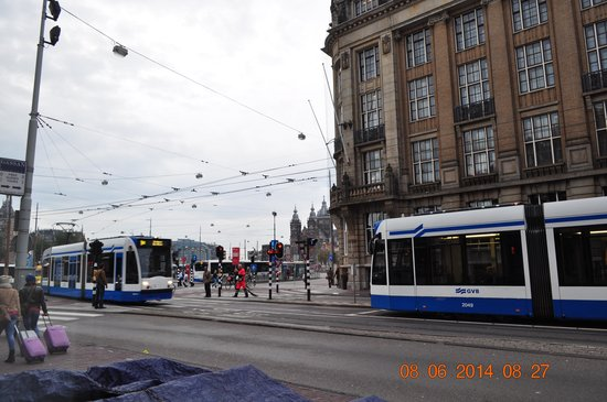Ibis Styles Amsterdam Amstel: Across is the Central Metro Train