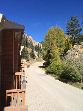 Edelweiss Condominiums: Looking from the master balcony up Mallette Canyon Road.