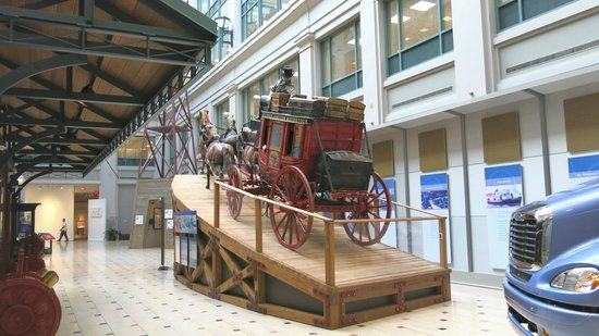 National Postal Museum: Postal Museum Stagecoach