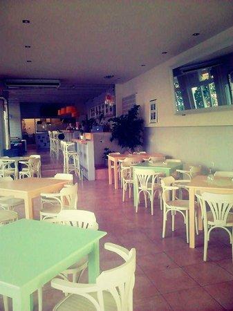 Paparazzi Restaurant-Cafe