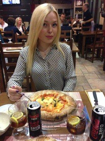Foto de Pizzeria La Terrazza, Mediglia: пицца nino taranto - TripAdvisor