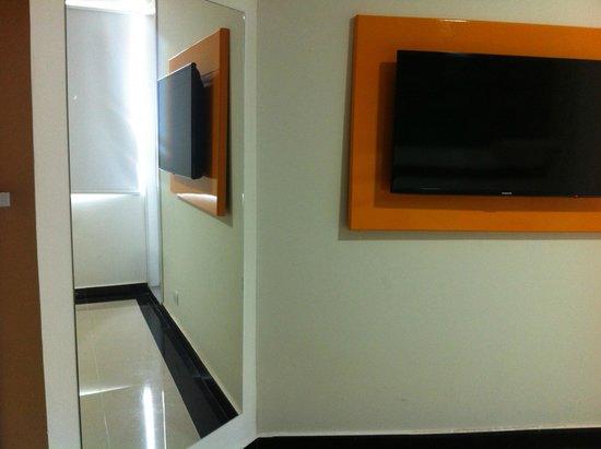 Hotel Genova Prado : TV