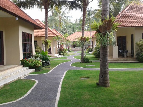 Discovery Candidasa Cottages & Villas: The Grounds again