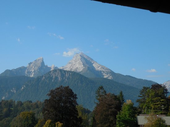 Treff Alpenhotel Kronprinz Berchtesgaden: View From Our Large Wrap Around Deck