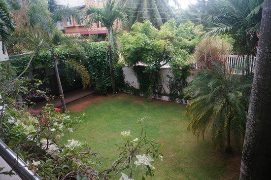 Silvikris Villas : Inner yard