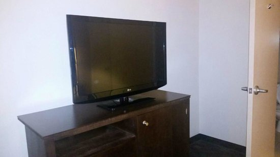 Dayton Grand Hotel : Flat Screen TV!