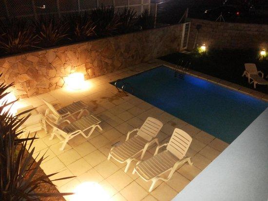 Rental Suites Pilar : pileta desde el 1 piso