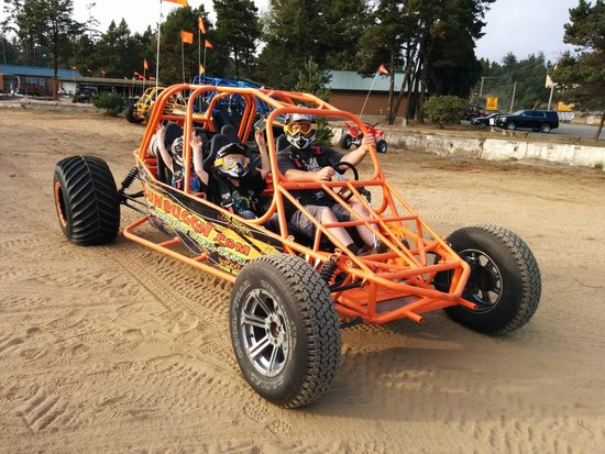 North Bend, Орегон: SunBuggy - Family Dune Buggy Seats 4 people