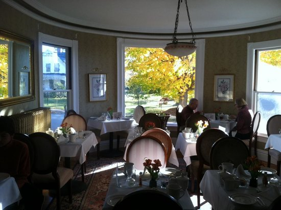 Glynn House Inn : Breakfast Area