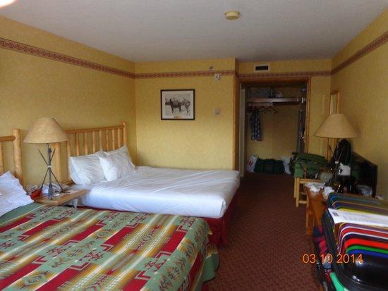 Brewster's Mountain Lodge: quarto