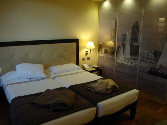 Hotel Cruise: habitacion