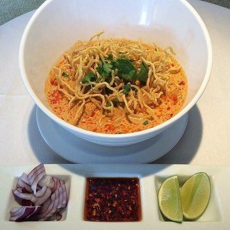 Little Thai Fine Dining: Khao Soi