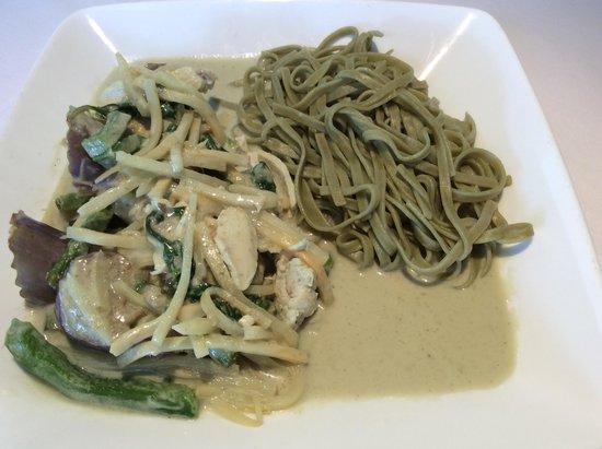 Little Thai Fine Dining: Pasta Curry