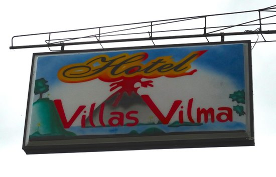 Hotel Villas Vilma: The sign from the road