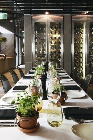 Rydges melbourne hotel updated 2017 prices reviews for Beautiful private dining rooms melbourne