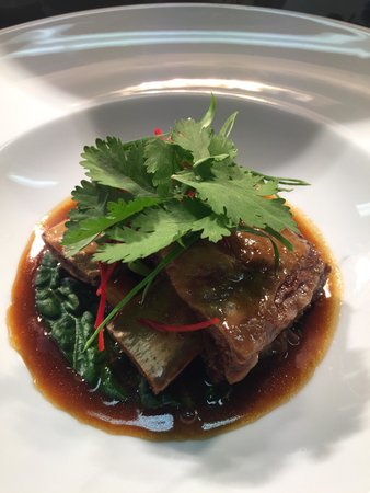 Shakey Tables Restaurant: 12hr braised beef rib, cabbage, shiitake, chestnut, Chinese master-stock