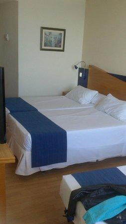 B&B Hotel Alicante: Habitacion