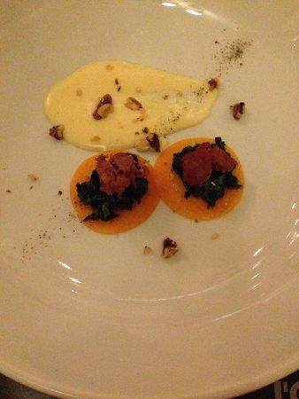 L'Oste : Questo raviolo scomposto è un esplosione di sapori complimenti allo chef