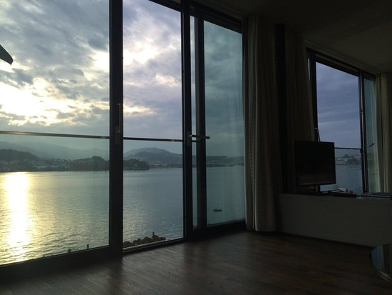 Seehotel Hermitage Luzern: View from the sofa