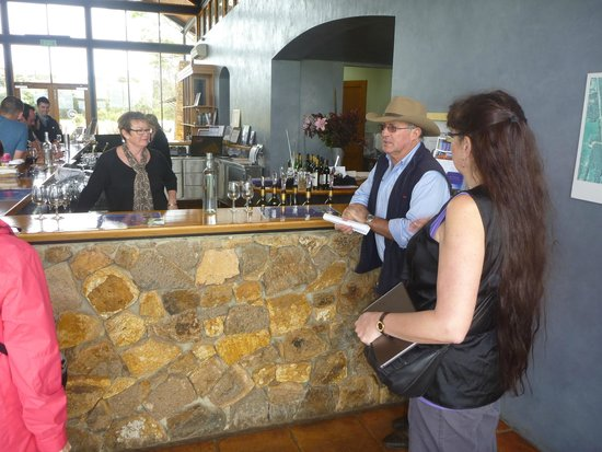 McLeod Tours: Winery tour