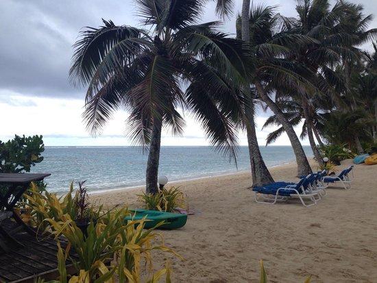 Moana Sands Beachfront Hotel: Spiaggia