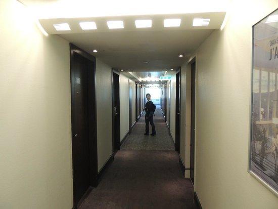 Novotel Zurich Airport Messe: The hallway on the 5th floor