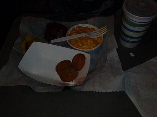 Jim Dandy's Barbecue: Kids meal - chicken nuggets,  mac'n'cheese with cornbread and a drink. $5.79