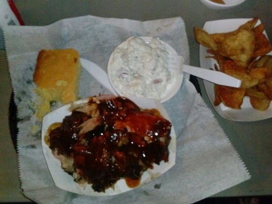 Jim Dandy's Barbecue: Rib tip dinner platter with chips and potato salad. LOVE! $9.69