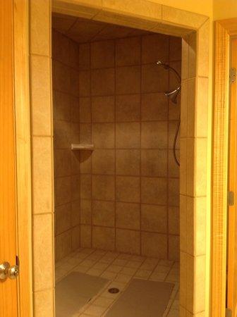 Birchwood Lodge: The Amazing Shower