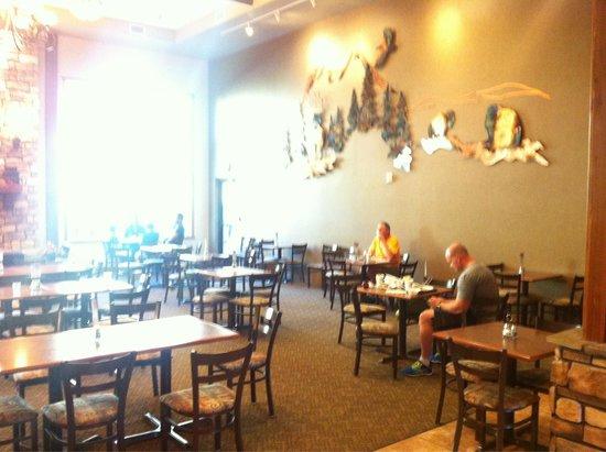 Holiday Inn Express Custer: Breakfast area