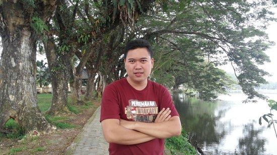 Hotel Danau Raja : Wisata depan hotel