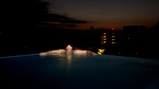 Casa Cupula : My wife on the rooftop infinity pool
