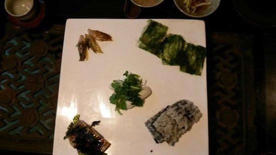 Sanchon : A platter of food