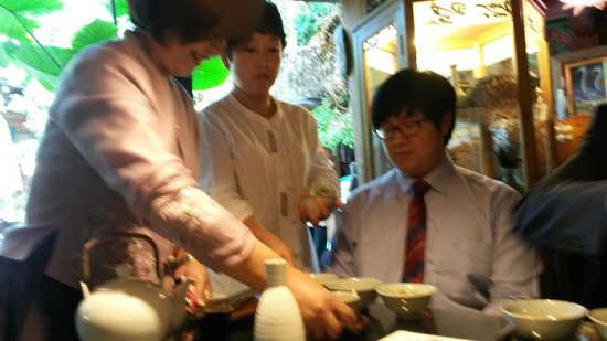 Sanchon : Waiting staff are attentive