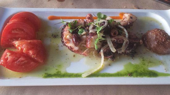 Citrus City Grille: Grilled octopus
