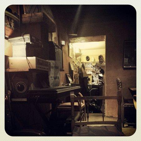 Bernay, Francia: Salon avec cheminée