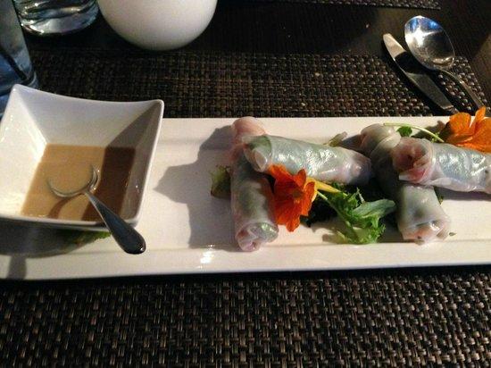 Loondocks Restaurant : Chilled Vegetable Spring Rolls with Peanut Sauce