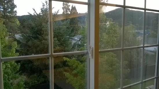 Motel 6 Sutherlin, OR: View from 3rd Floor Room